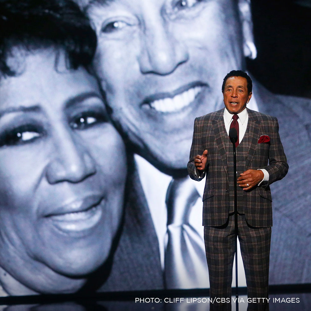 Smokey Robinson Remembers Aretha Franklin at Tribute ...